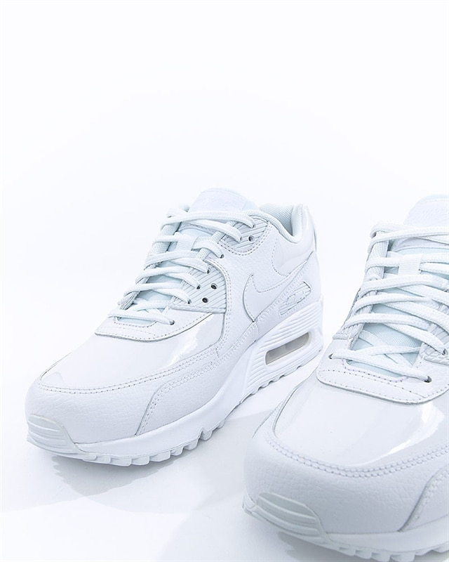 lowest price 375b8 7c1bf Nike Wmns Air Max 90 Leather (921304-101). 1