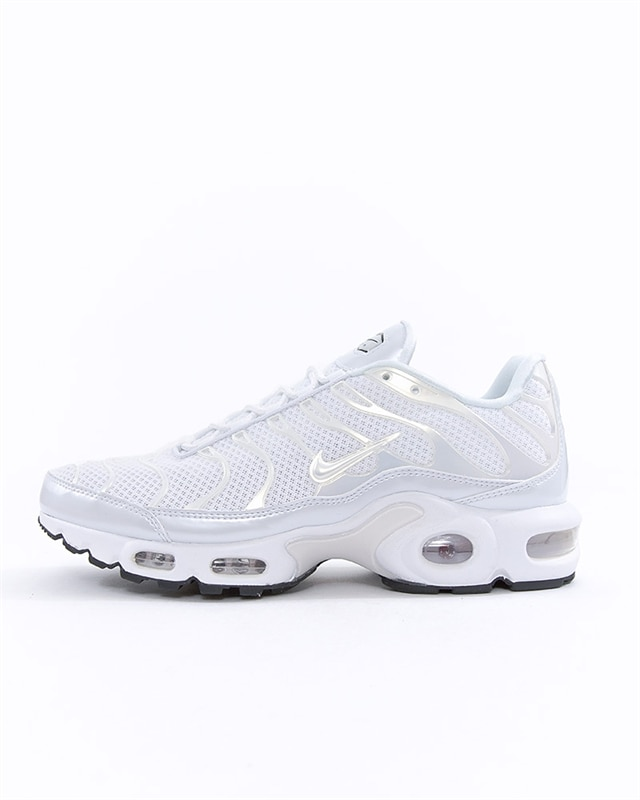 Nike Air Max Thea gymnastikskor  Skor Footish.se    Nike Wmns Air Max Plus Premium   title=         848891 100         Vit   Sneakers
