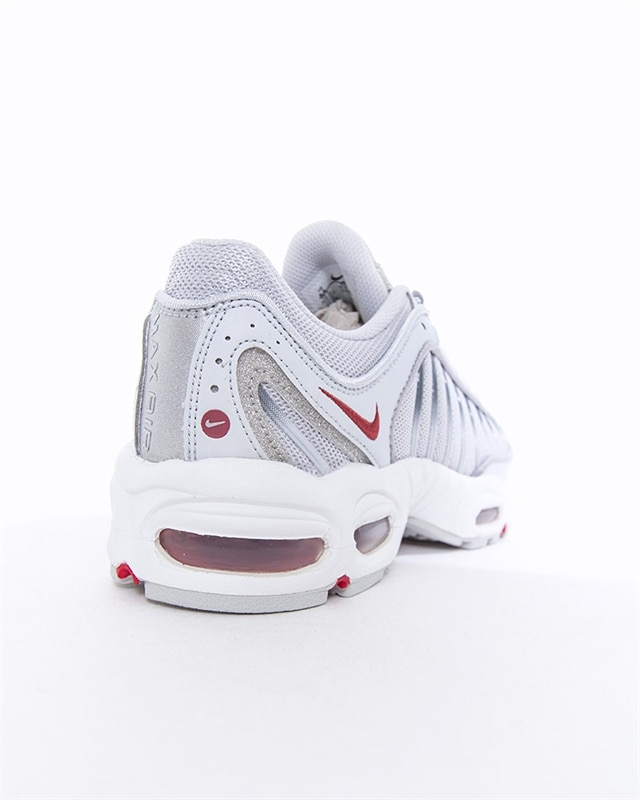 50% off Nike Air Max Tailwind IV   Buyandship Singapore