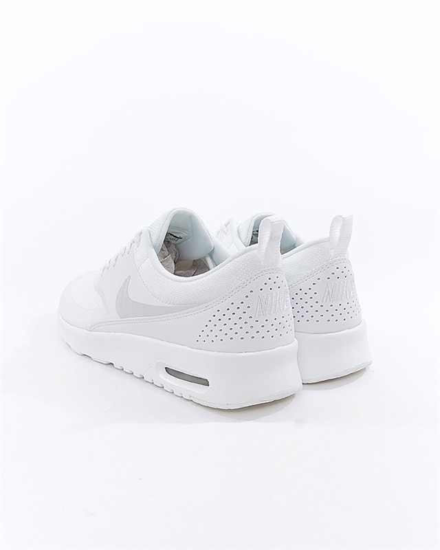 cc595280ddb Nike Wmns Air Max Thea | 599409-114 | White | Sneakers | Skor | Footish