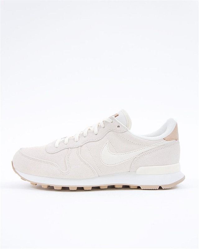 half off bc7aa d519b Nike Wmns Internationalist Premium