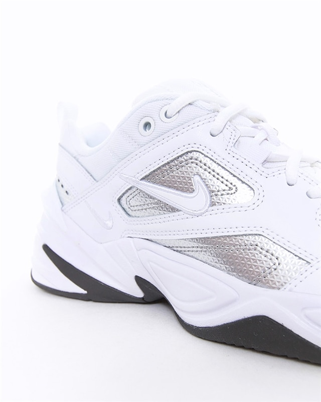 Nike Wmns M2K Tekno Essential | CJ9583 100 | Vit | Sneakers | Skor | Footish