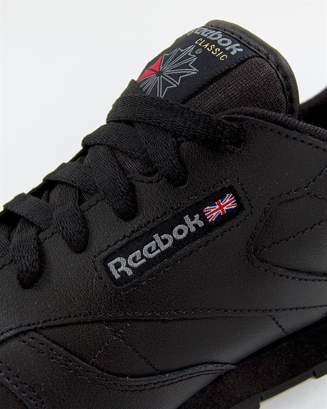 The Reebok Classic Leather Is Ready For Fall With These Two