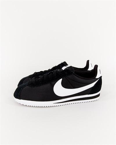 purchase cheap 770aa 3f55a Nike Classic Cortez Nylon