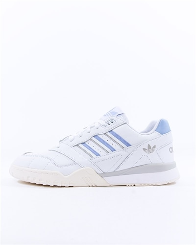 new arrival 392f0 c3431 adidas Originals A.R. Trainer W (G27715)