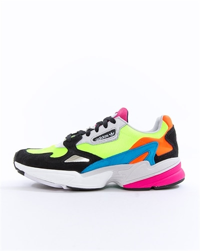 sports shoes 8348b 272d7 adidas Originals Falcon W