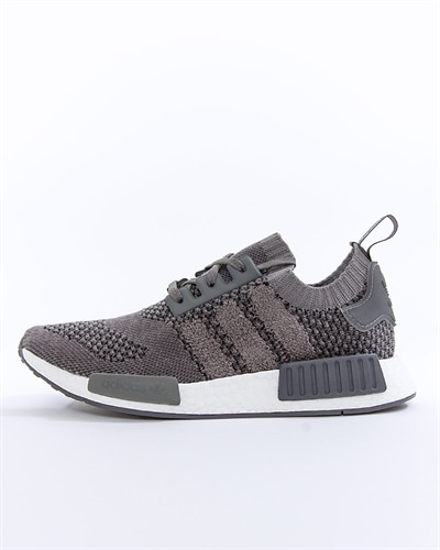 finest selection 7c296 bf045 adidas Originals NMD R1 PK