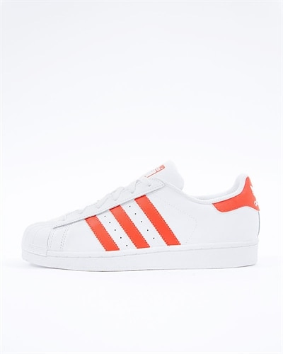 new product 4507b 3c544 adidas Originals Superstar