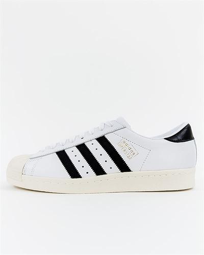 best sneakers f1bd8 57d5e adidas Originals Superstar OG