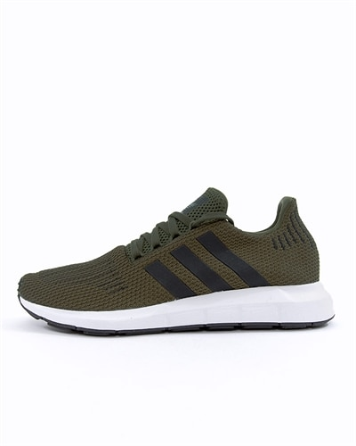 wholesale dealer 3f091 6a9fa adidas Originals Swift Run