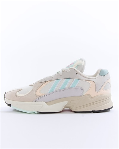 timeless design b5a73 37d39 adidas Originals Yung-1
