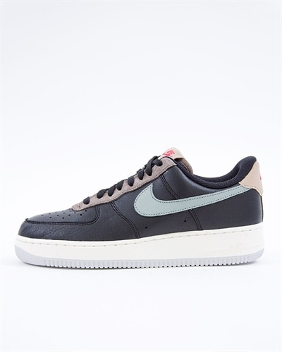 new product c0d2b c222f Nike Air Force 1 07