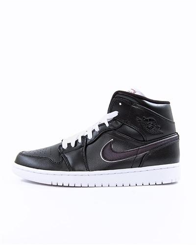 sports shoes 38bf4 6006b Nike Air Jordan 1 Mid SE