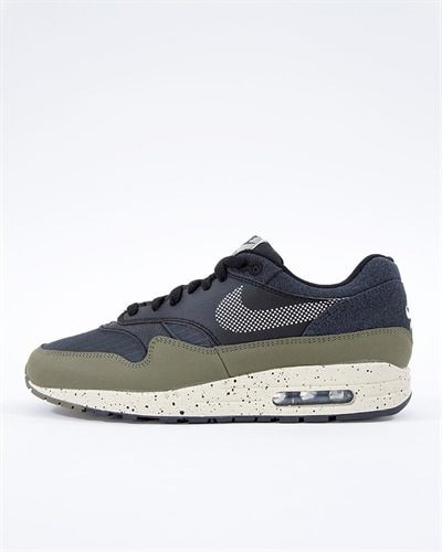 separation shoes b199e c3404 Nike Air Max 1 SE