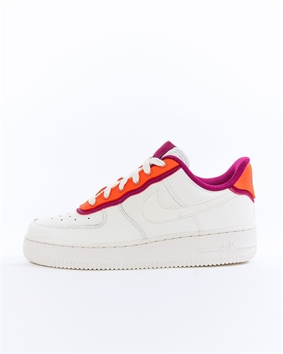 low priced 02218 ec02e Nike Wmns Air Force 1 07 SE (AA0287-104)