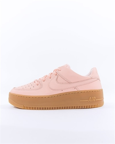 new product 52d62 febc5 Nike Wmns Air Force 1 Sage Low LX (AR5409-600)