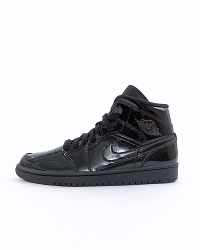 size 40 adef2 29ece Nike Wmns Air Jordan 1 Mid