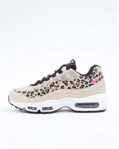 huge selection of a64e9 2c0aa Sneakers REA -Billiga Sneakers | Billiga Skor- Footish.se