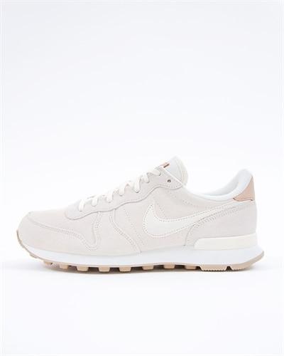 half off 247da 8ac9b Nike Wmns Internationalist Premium