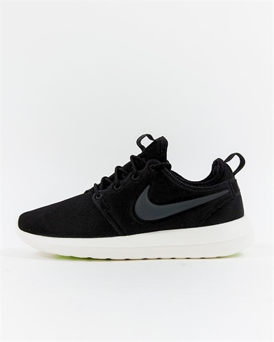 meet ceca3 ff8da Nike Wmns Roshe Two