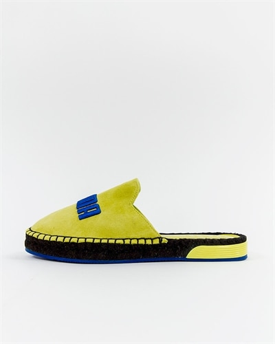 Sneakers Skor  Nike Adidas Puma Reebok Vans Converse    Sneakers   title=         Skor   Nike Adidas Puma Reebok Vans Converse