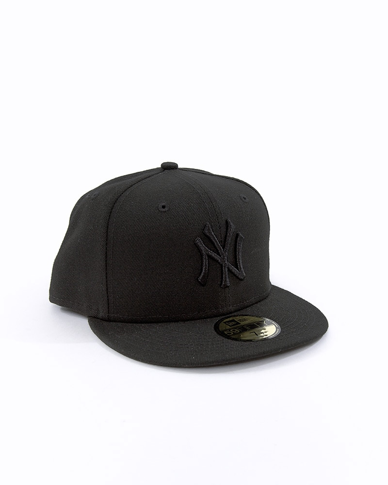 ef488c8038ca0 New York Yankees Black ON Black 59fifty Fitted