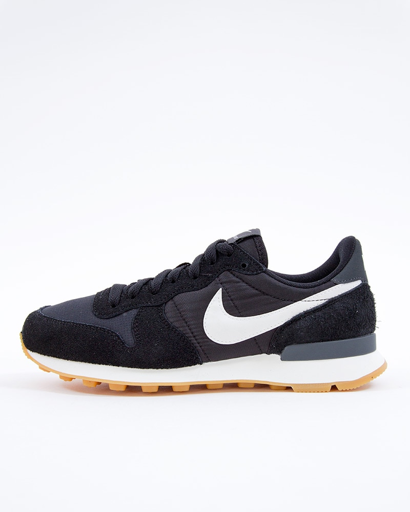 the latest 96923 b2e9f Nike Wmns Internationalist   828407-021   Black   Sneakers   Skor ...